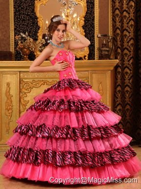 Beautiful Ball Gown Sweetheart Floor-length Organza and Zara Beading Hot Pink Quinceanera Dress