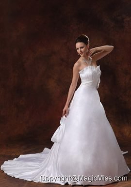 Elegant Hand Made Flowers Sweetheart Wedding Dress With Chapel Train Taffeta In Columbus Georgia