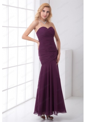 Column Sweetheart Chiffon Purple Mother of the Bride Dresses with Ruching