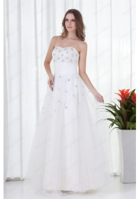 Floor Length Elegant A Line Strapless Wedding Dress with Beading