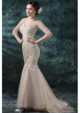 Champagen Mermaid Sweetheart V Neck Wedding Dress with Beading