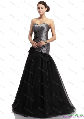 Appliques Ruching Brush Train Prom Dresses in Sliver and Black
