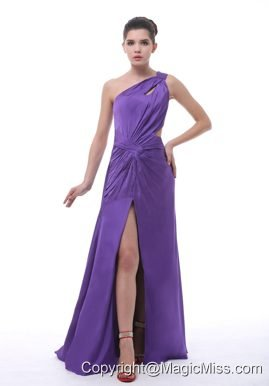 One Shoulder High Slit Purple Chiffon Floor-length Ruch 2013 Prom / Evening Dress