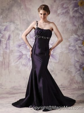 Modest Dark Purple Mermaid Evening Dress One Shoulder Satin Beading Brush Train