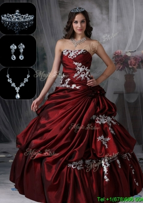 2016 Classical Strapless In Stock Quinceanera Dresses in Burgundy
