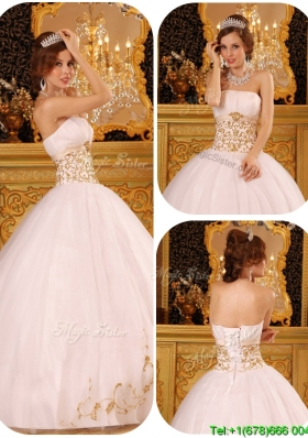 2016 New Arrivals Appliques Quinceanera Gowns in White for 2016