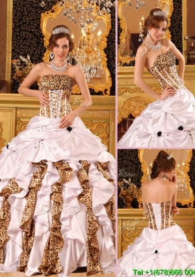 2016 New Style Strapless Brush Train Quinceanera Dresses in White