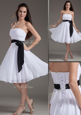 2016 Elegant Strapless Sash White Short Prom Dress for Homecoming