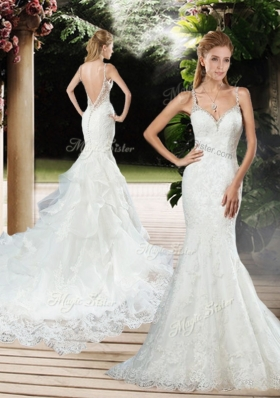 2016 Elegant Straps Beaded and Lace Wedding Dresses with Court Train