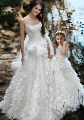 New Style Spaghetti Straps Wedding Dresses with Ruffles and Beautiful Straps Flower Girl Dress with Bowknot