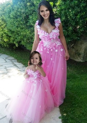 Beautiful Deep V Neckline Sexy Prom Dress with Appliques and Hot Sale Rose Pink Little Girl Dress with See Through Scoop