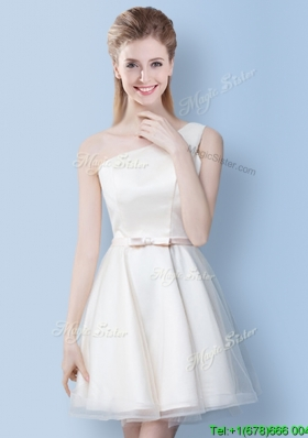 Sweet One Shoulder Bowknot Tulle Bridesmaid Dress in Off White