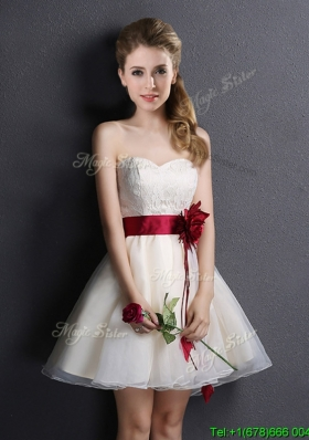 Pretty Sweetheart Short Bridesmaid Dress with Handmade Flower and Lace