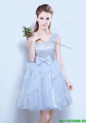 Popular One Shoulder Organza Short Dama Dress in Grey