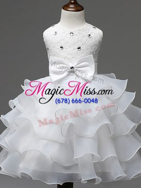 Sweet White Ball Gowns Lace and Ruffled Layers and Bowknot Little Girls Pageant Dress Wholesale Zipper Organza Sleeveless Knee Length