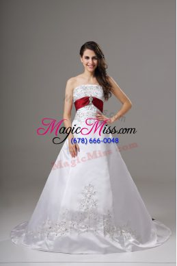 White Sleeveless Satin Brush Train Lace Up Wedding Gown for Wedding Party