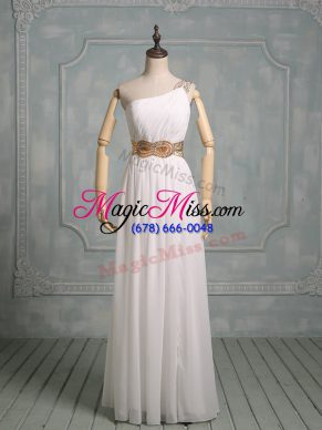 New Arrival Chiffon Halter Top Sleeveless Side Zipper Beading and Ruching Prom Dress in White