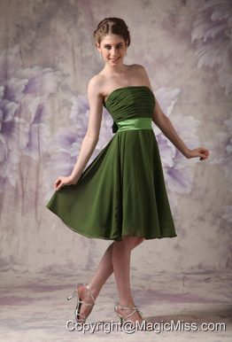 Olive Green Empire Strapless Knee-length Chiffon Sashes Bridesmaid Dress