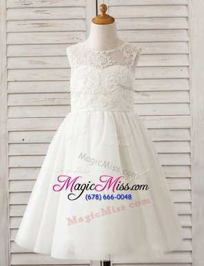Comfortable White A-line Tulle Scoop Sleeveless Lace Floor Length Clasp Handle Flower Girl Dress
