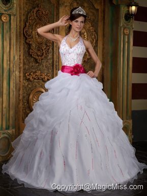 White A-line Halter Floor-length Organza Beading Quinceanera Dress