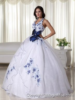 White Ball Gown Halter Floor-length Organza Appliques Quinceanera Dress