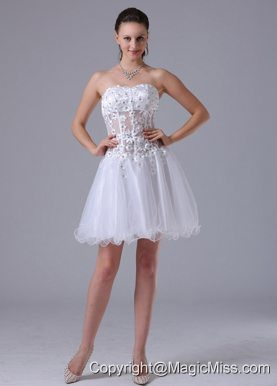 2013 White A-line Straps Appliques Decorate Bust Prom Cocktial Dress With Beading In Minnesota