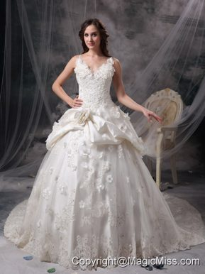 Ivory Princess V-neck Floor-length Taffeta Lace and Hand Made Flowers Wedding Dress