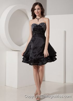Black A-Line / Princess Sweetheart Mini-length Organza Beading Prom Dress