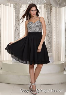 Black A-line Straps Mini-length Chiffon Beading Prom Dress