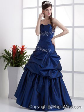 Popular Peacock Blue Prom Dress Appliques and Pick-ups In 2013