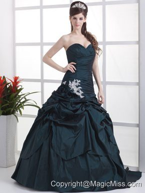 Custom Made Navy Blue Sweetheart Appliques and Pick-ups Quinceanera Dress With Brush Train
