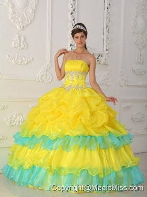 Yellow Ball Gown Strapless Floor-length Organza Beading and Ruffles Quinceanera Dress