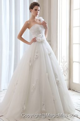 Romantic A-line One Shoulder Floor-length Tulle Beading and Hand Made Flowers Wedding Dress