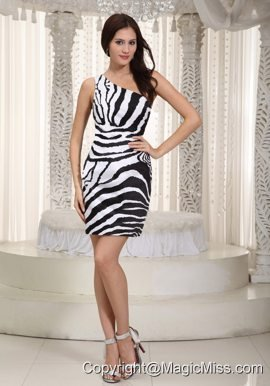 White and Black Column One Shoulder Mini-length Leopard Prom Dress