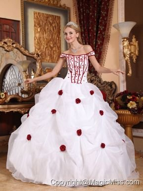 White Ball Gown Off The Shoulder Floor-length Taffeta and Organza Embroidery Quinceanera Dress