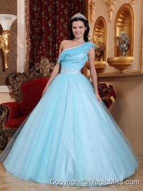 Light Blue A-line One Shoulder Floor-length Tulle Ruch Quinceanera Dress