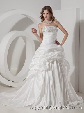 Luxurious A-line Strapless Chapel Train Taffeta Beaidng and Pick-ups Wedding Dress