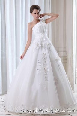 Roamntic A-line One Shoulder Floor-length Tulle Beading and Appliques Wedding Dress