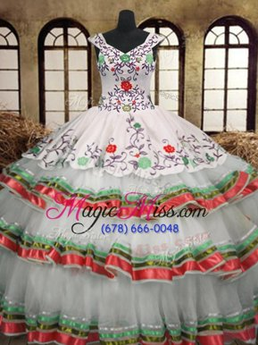 Classical Embroidery Ruffled Layers V-neck Sleeveless Lace Up Vestidos de Quinceanera Multi-color Organza