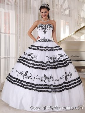 White and Black Ball Gown Sweetheart Floor-length Tulle Embroidery Quinceanera Dress