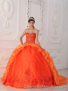 Orange Red Ball Gown Sweetheart Floor-length Taffeta Beading and Appliques Quinceanera Dress
