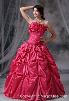 Panora Iowa Hand Made Flowers and Pick-ups Decorate Bodice Ruch Ball Gown Floor-length Coral Red Strapless Quinceanera Dress For 2013
