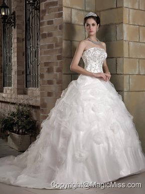 Gorgeous A-line Strapless Chapel Train Taffeta and Organza Appliques Wedding Dress