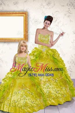 Exquisite Yellow Ball Gowns Taffeta Sweetheart Sleeveless Beading and Embroidery and Pick Ups Floor Length Lace Up Quince Ball Gowns