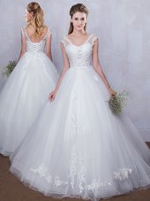 Luxury Straps Straps White Lace Up V-neck Lace and Appliques Wedding Dresses Tulle Sleeveless
