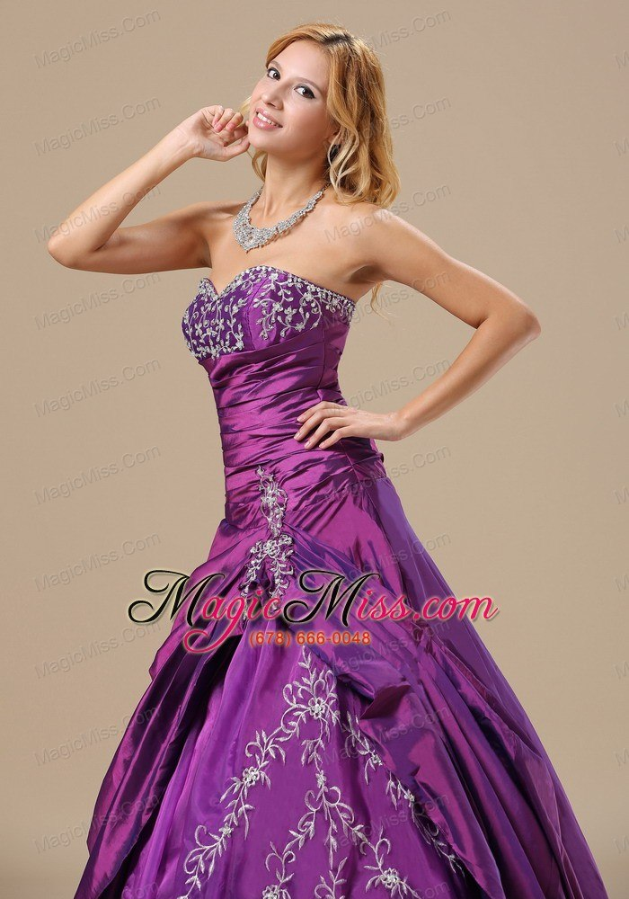 wholesale sweetheart appliques decorate bust and ruched bodice for prom dress in augusta maine