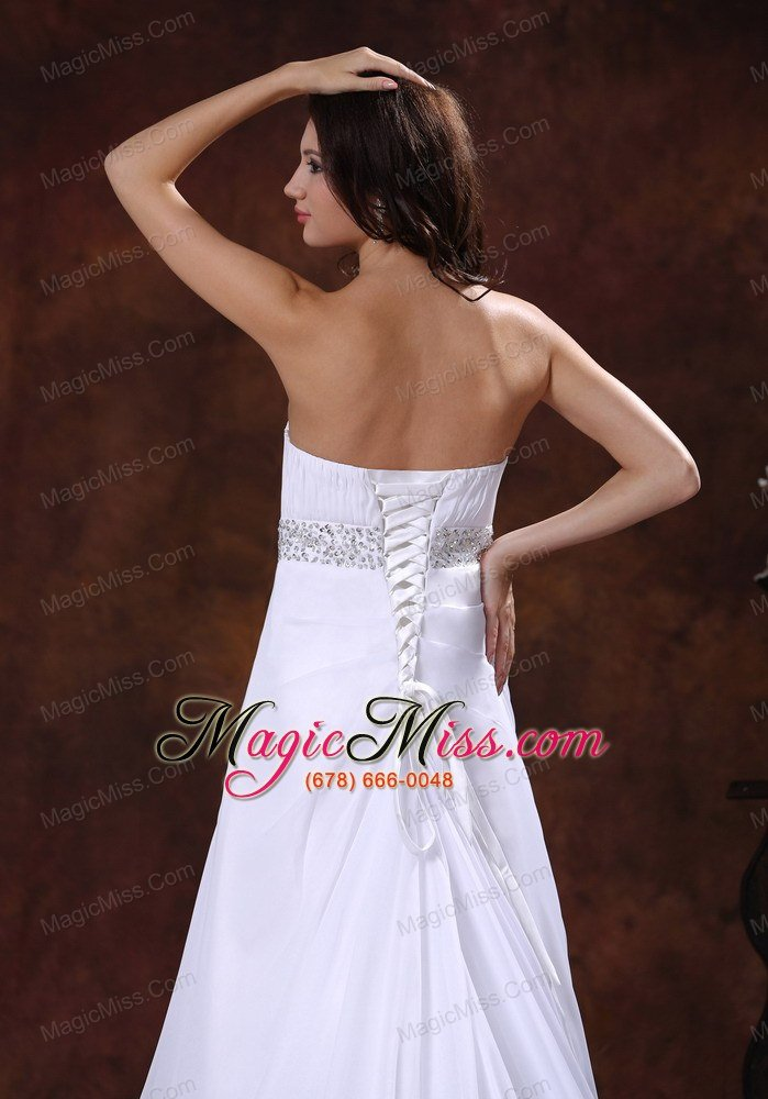 dress with this high quality dress it can make you more beautiful