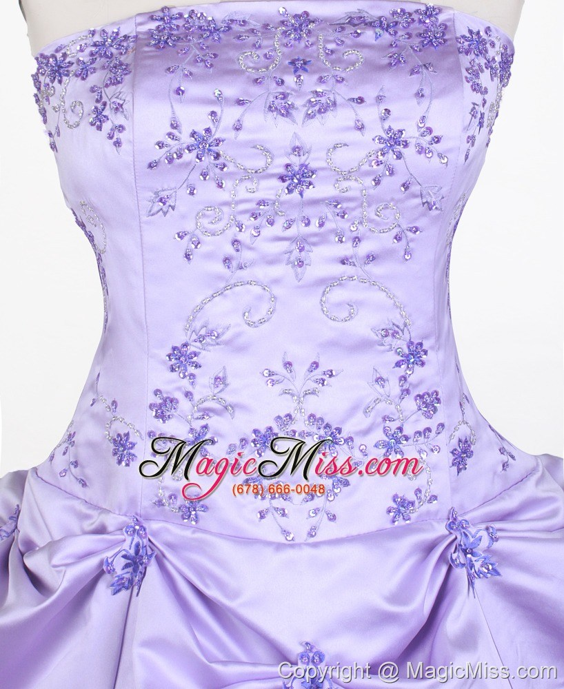 Elegant Embroidery Embellishment Ball Gown Traditional: Elegant Embroidery With Beading Ball Gown Strapless Floor